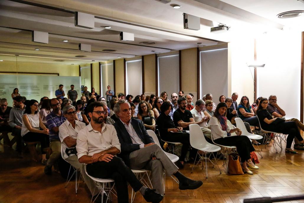 El 12 de diciembre de 2019 se llevó a cabo una jornada pública para promover la reflexión sobre públicos y audiencias en Sitios de Memoria, con invitados/as especiales.